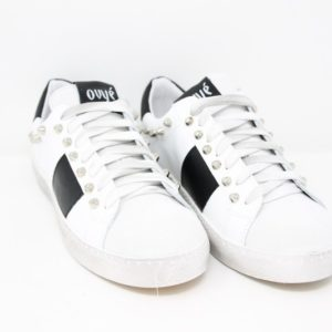 SENS14-FAB-Sneaker in pelle borchie – Ovyè