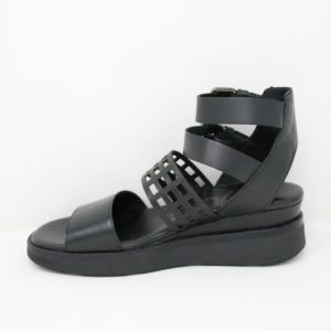 P02011 – Sandalo zeppa – Mjus